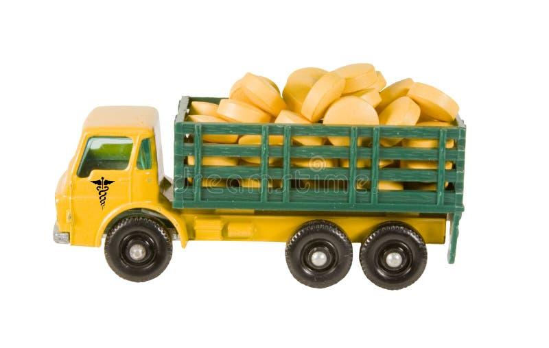 Camion giallo in pieno del farmaco immagini stock libere da diritti