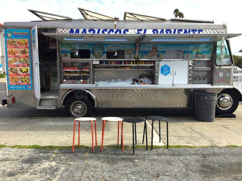 Camion mexicain de nourriture de fruits de mer photos stock