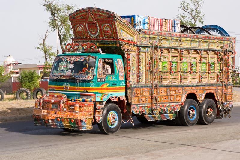 Camion nel pakistan immagine stock libera da diritti