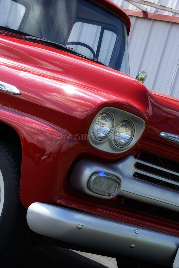 Camion reconstitué de vintage photos stock
