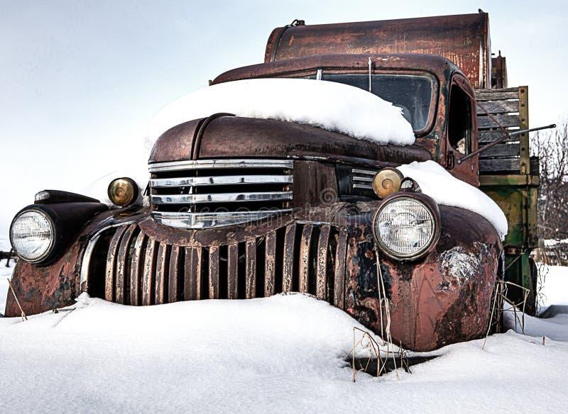 Camion rustique de vintage au Montana photos stock