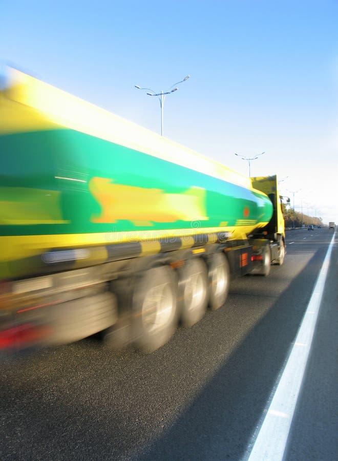 Camion sur la route photo stock