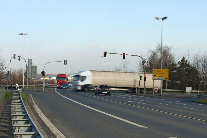Camion sur un croisement photo libre de droits