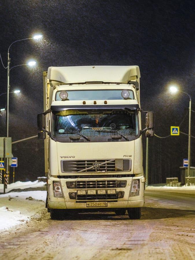 Camion in un parcheggio della Karelia immagine stock libera da diritti