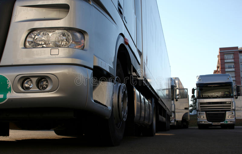 Camiones de plata fotografía de archivo
