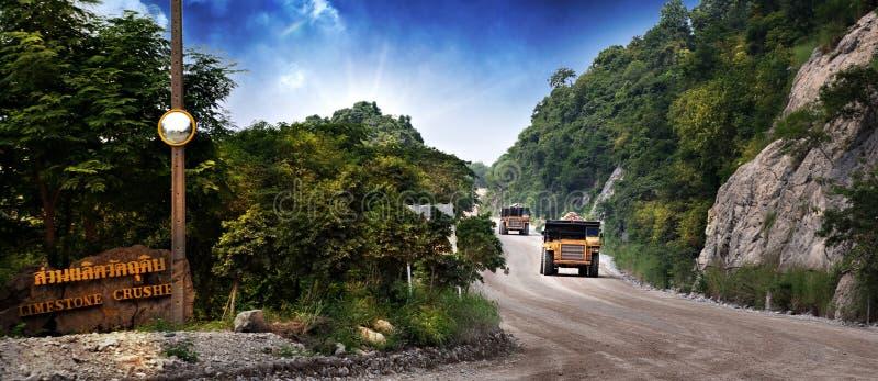 Camiones volquete fotos de archivo