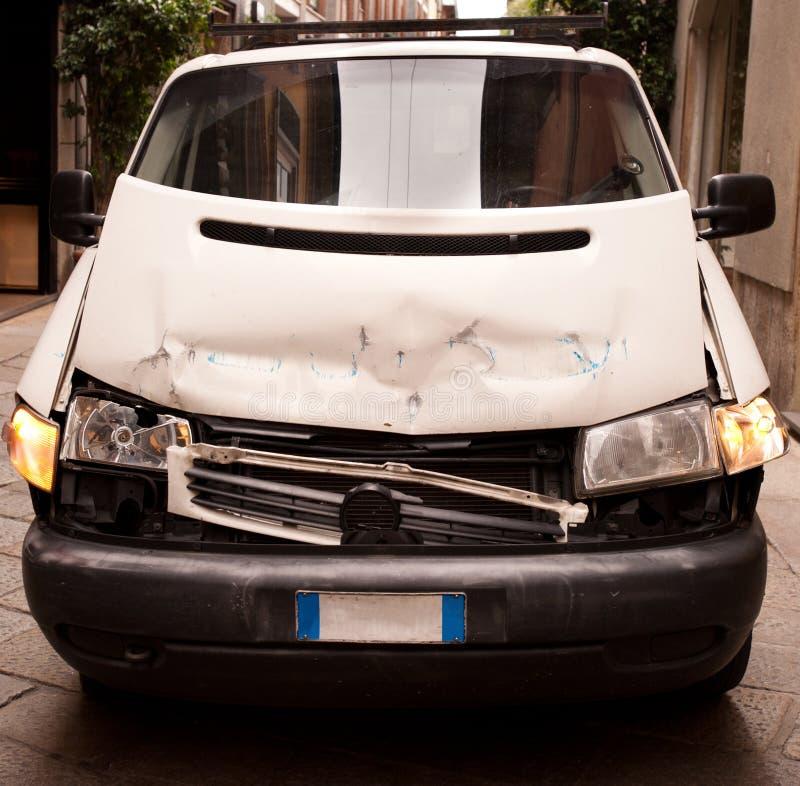 Camionete de Accidented imagens de stock royalty free