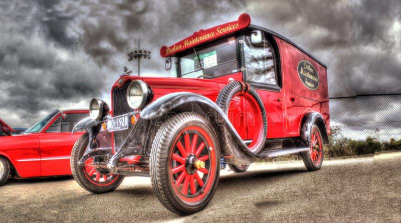 Camionete de entrega do vintage fotografia de stock royalty free