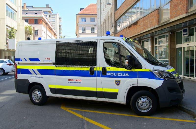 Camionete de polícia nacional eslovena imagens de stock royalty free