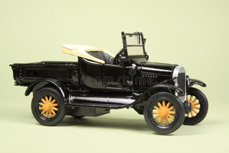 Camionnette de livraison antique de jouet photos libres de droits