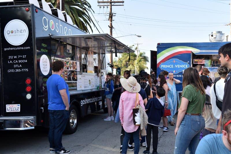 Camions de nourriture sur Abbot Kinney First Friday photos libres de droits