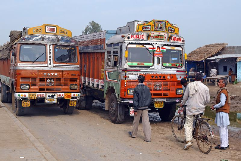 Camions indiens images stock