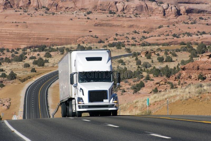Camions sur la route photo stock