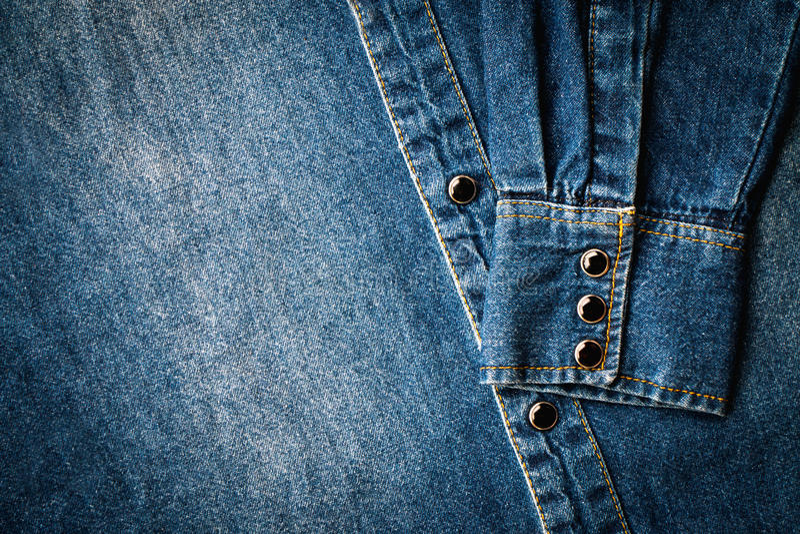 Camisa azul del dril de algodón imagen de archivo