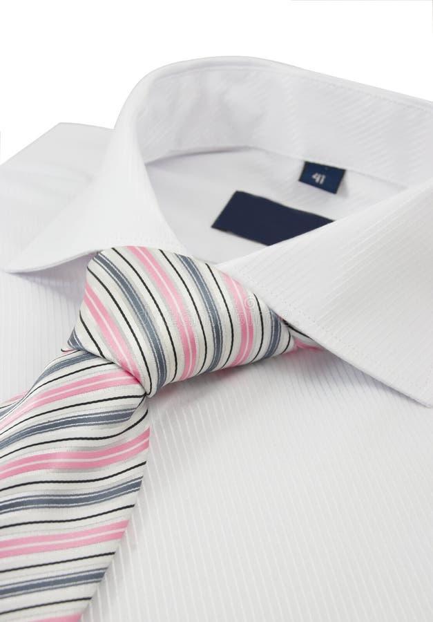Camisa con una corbata rayada fotografía de archivo libre de regalías