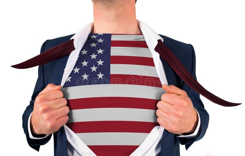 Camisa da abertura do homem de negócios para revelar a bandeira dos EUA fotos de stock royalty free