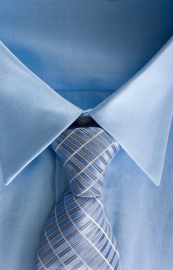 Camisa y corbata del hombre fotografía de archivo libre de regalías