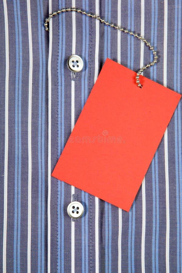 Camisa y etiqueta imagen de archivo libre de regalías