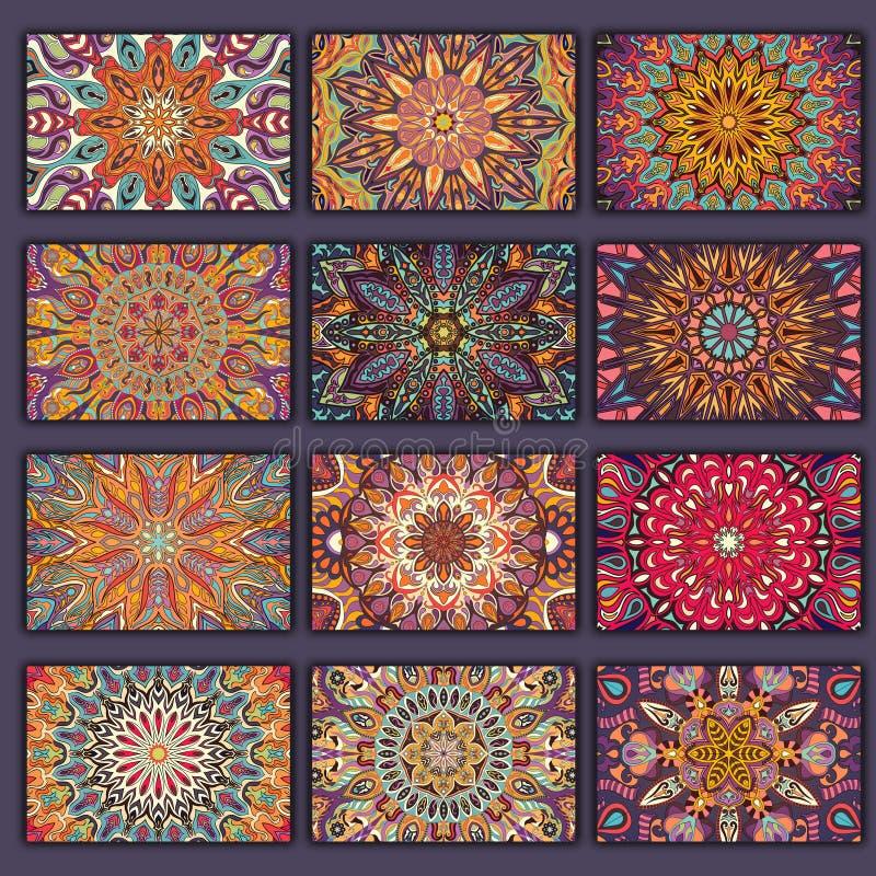 Camisas retras de las tarjetas de la colección con orígenes étnicos Tarjeta de la invitación con los elementos del diseño del vin libre illustration