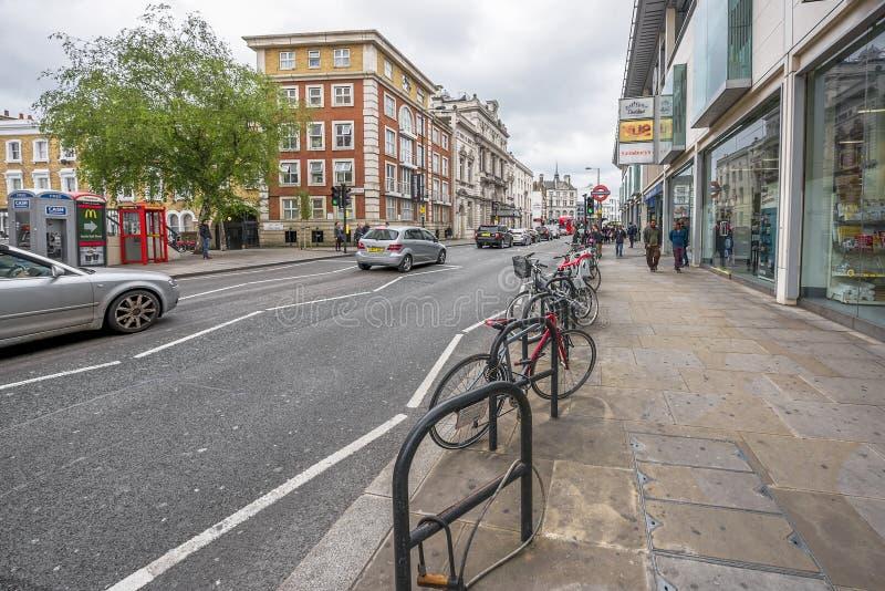 Camminando intorno a Londra immagini stock