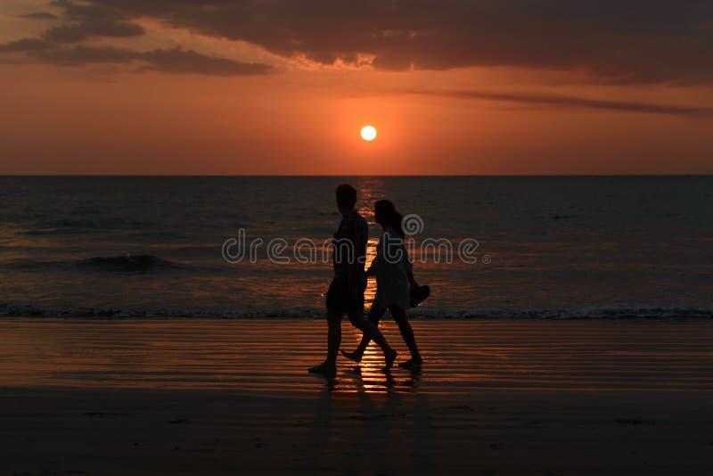 Camminata insieme fotografia stock libera da diritti