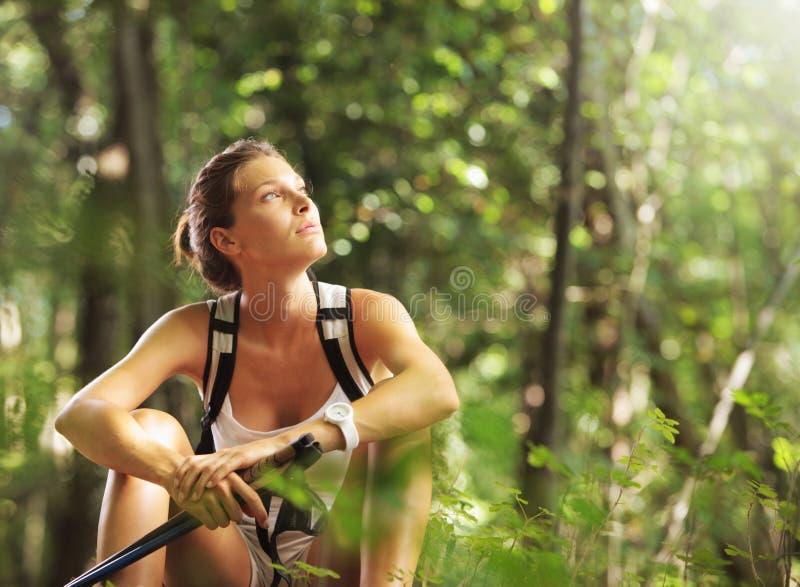 Camminatore nordico femminile fotografia stock