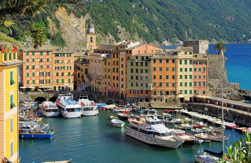 Camogli-Hafen lizenzfreie stockbilder