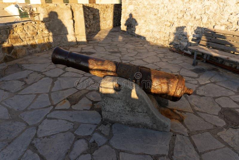 Camogli-Schloss-Festungsansicht von der Spitze lizenzfreie stockbilder