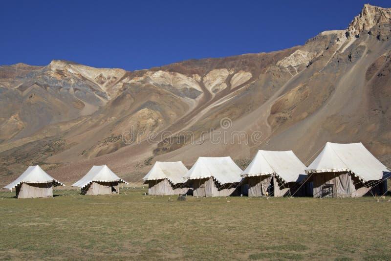 Camp couvert dans Ladakh images stock