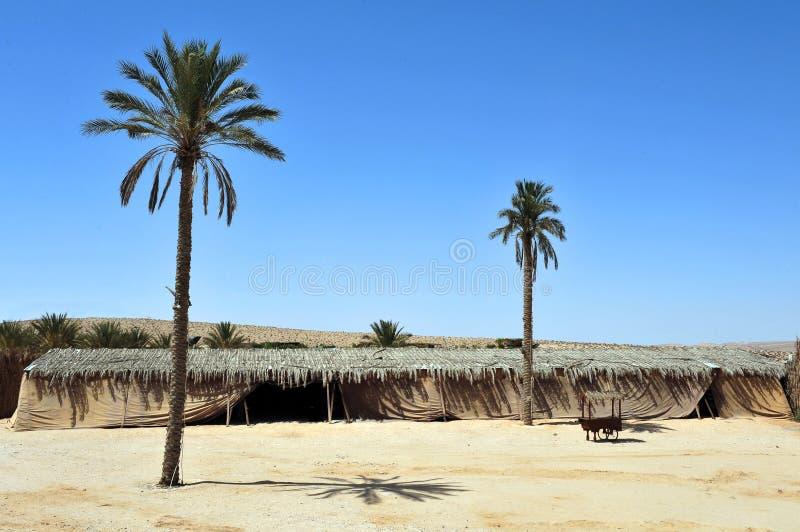 Camp de désert de nomades photos stock