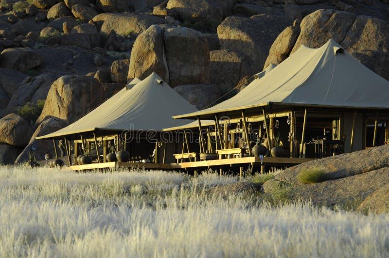 Camp de safari en Afrique photo libre de droits