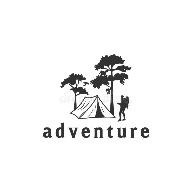 Campa logo med tält- och trädsikt royaltyfri illustrationer
