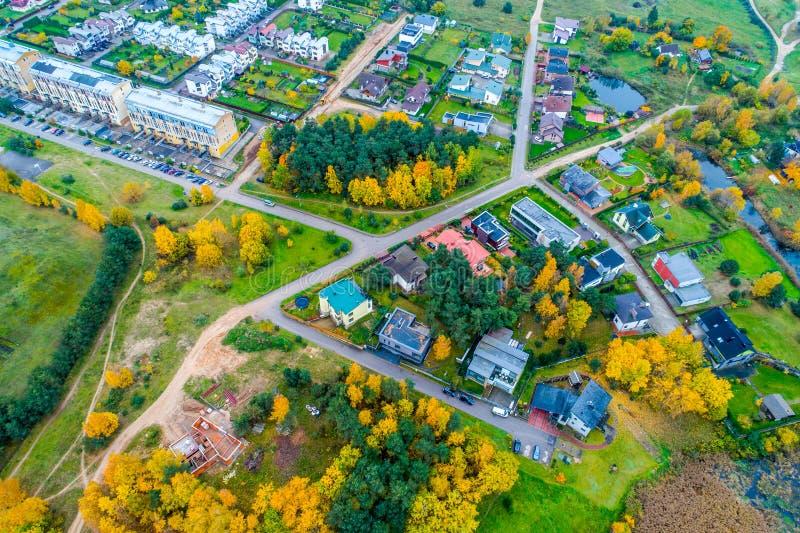 Campagne aérienne dans l'automne en Lithuanie photo stock