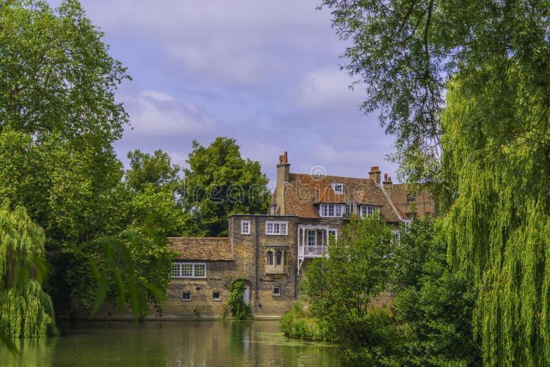 Campagne rurale traditionnelle de l'anglais de maisons photographie stock