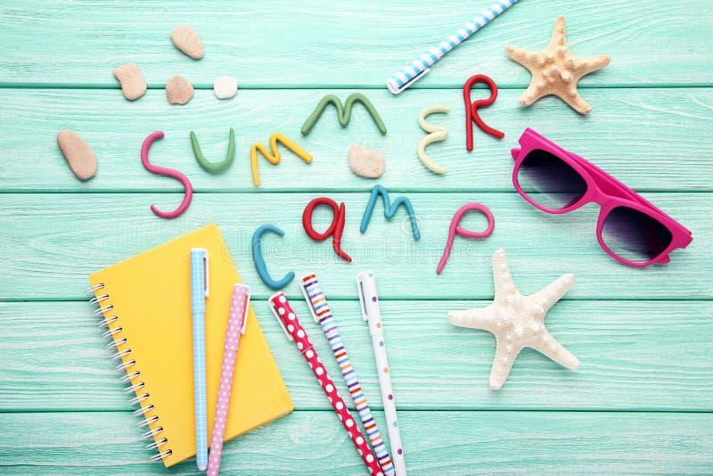 Campamento de verano de la inscripción fotos de archivo libres de regalías