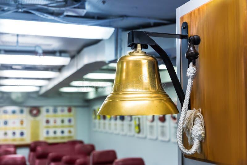 Campana della nave della marina militare fotografia stock libera da diritti
