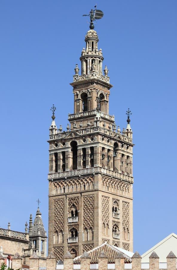 Campanario de Giralda en Sevilla foto de archivo