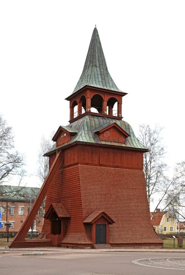 Campanario de la iglesia del arcángel Michael en Mora suecia fotografía de archivo