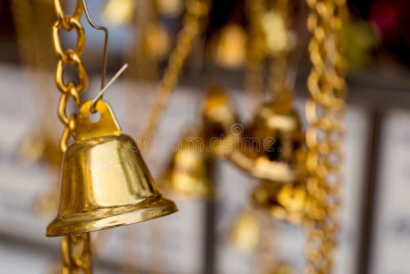 campanas budistas de oro foto de archivo libre de regalías