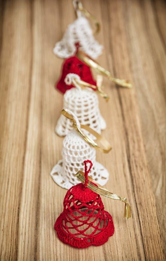 Campanas De La Navidad Del Ganchillo Imagen de archivo - Imagen de ...