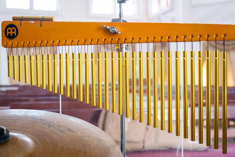 Campane tubolari dorate fotografia stock libera da diritti