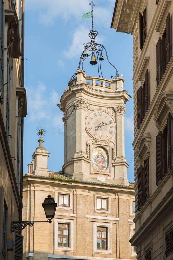 Campanil en el centro de Roma imagenes de archivo