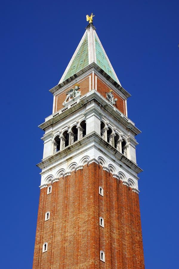 Campanila em Veneza, Itália foto de stock royalty free
