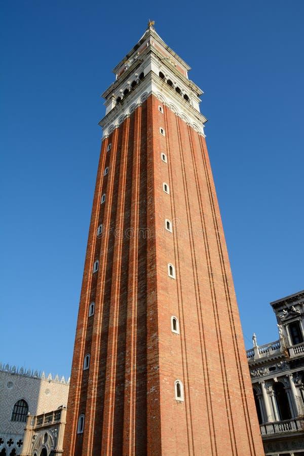 Campanile di圣Marco塔在威尼斯 库存图片