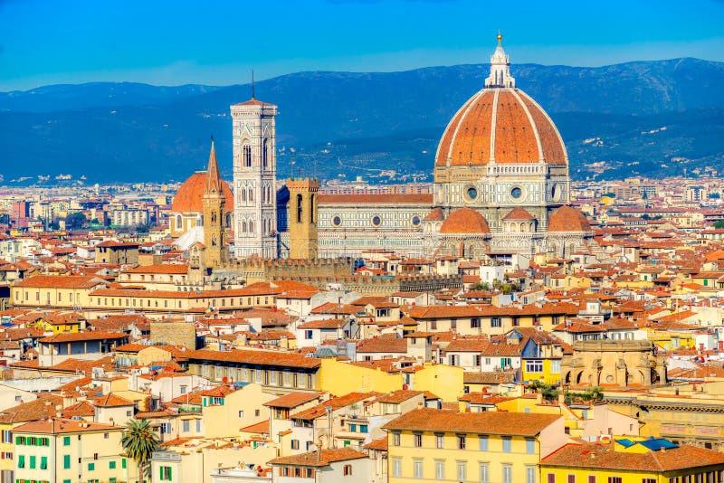 Campanile för duomo- och Giotto ` s, Florence, Italien arkivbild
