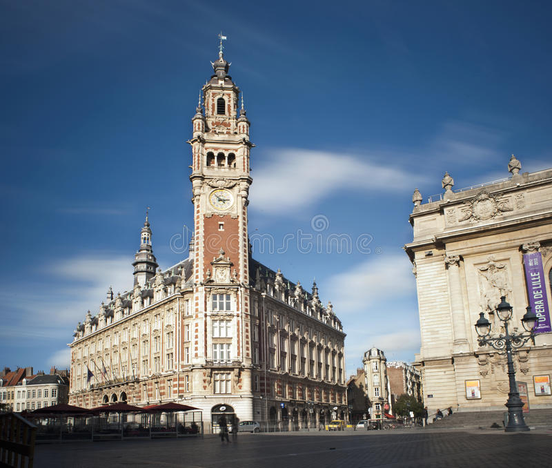 Campanile sul quadrato principale di Lille, Francia immagini stock