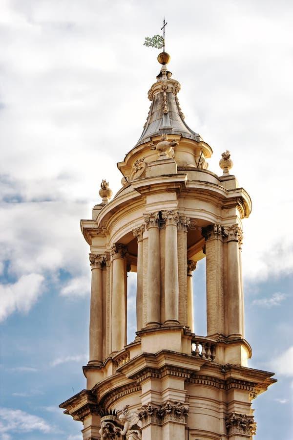 Campanile torenkerk SantAgnese (Piazza Navona, Rome) royalty-vrije stock afbeelding