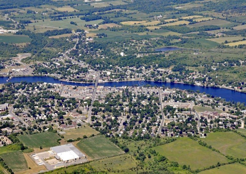 Campbellford Ontario, von der Luft lizenzfreie stockfotografie