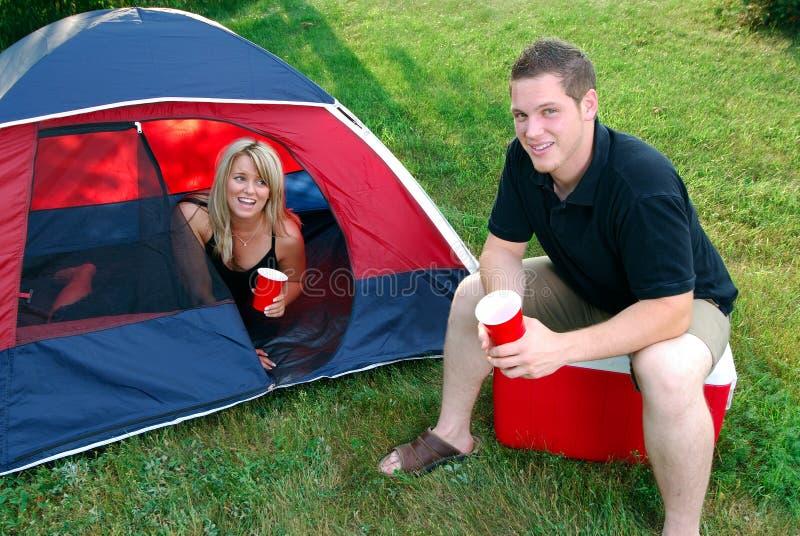 Campeggio di estate fotografie stock