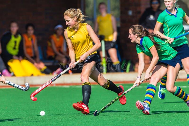 Campeonato del nacional del desafío del juego de las muchachas del hockey imagenes de archivo